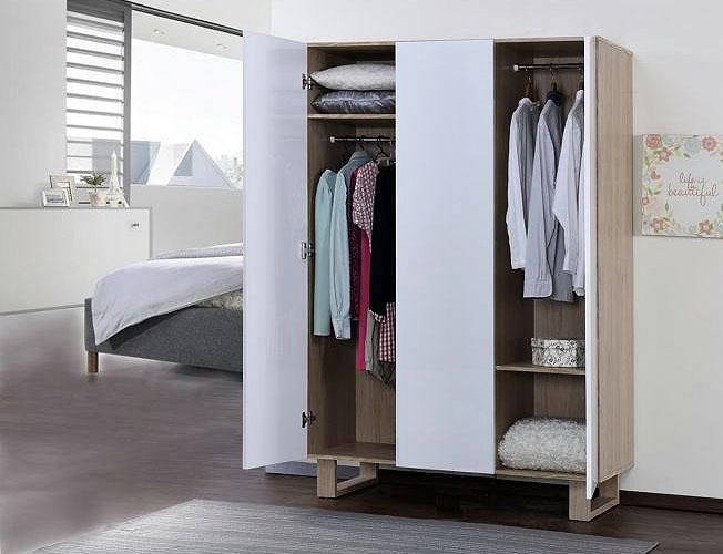 Garderober fra garderobegutten