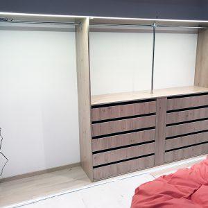 Garderobe 2-3 meter_Garderobegutten (2)