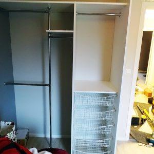 Garderobe til 2 meter_Garderobegutten (1)