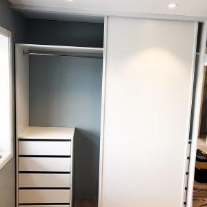 Garderobe til 2 meter_Garderobegutten (8)