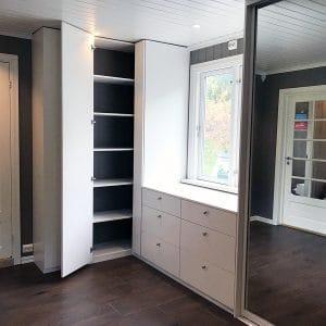 Spesial project_Garderobegutten (8)